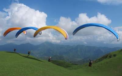 Country's First Paragliding School